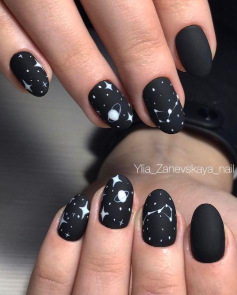 Звездное небо на ногтях фото 31