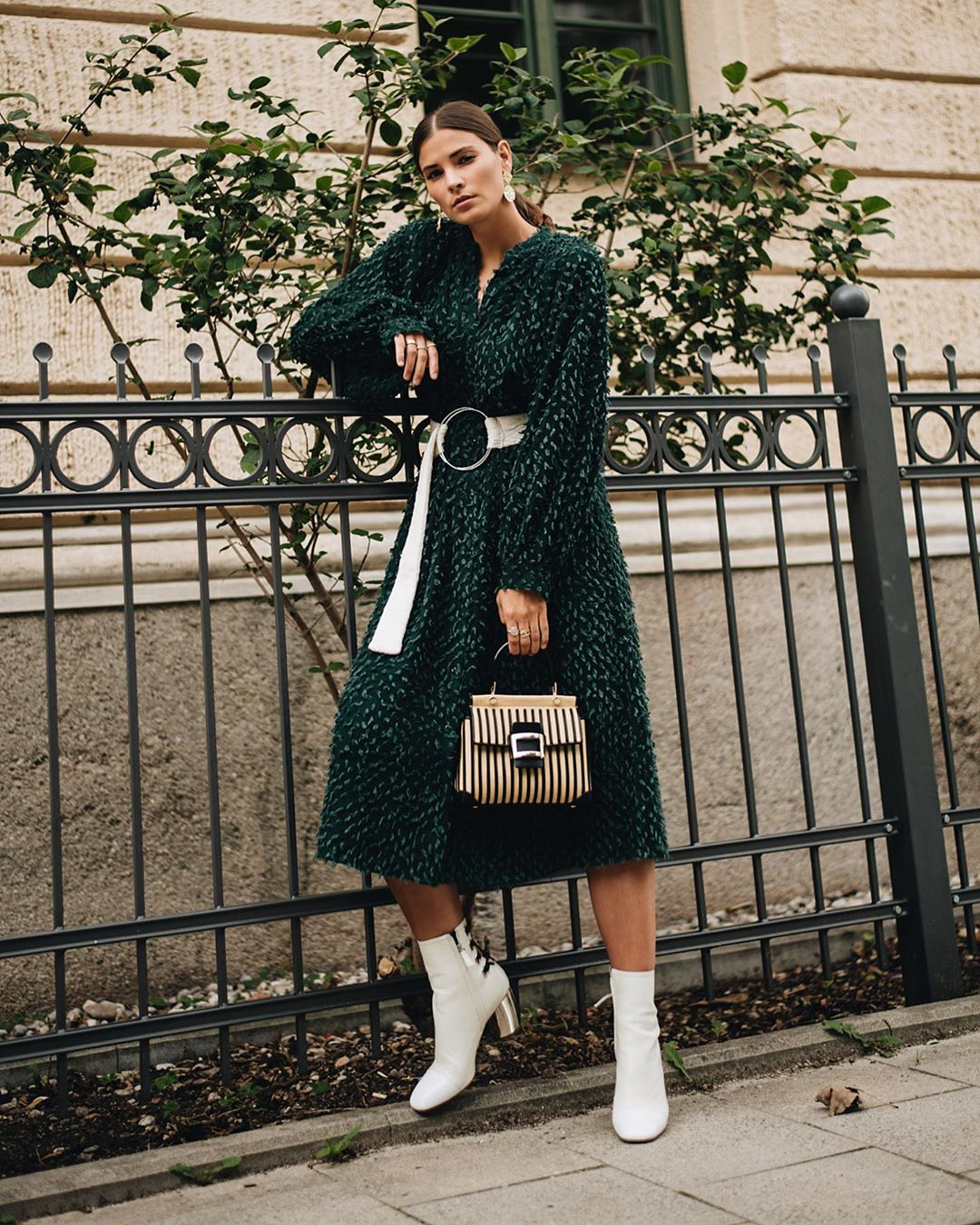 с чем носить платье осенью 2019 фото 3