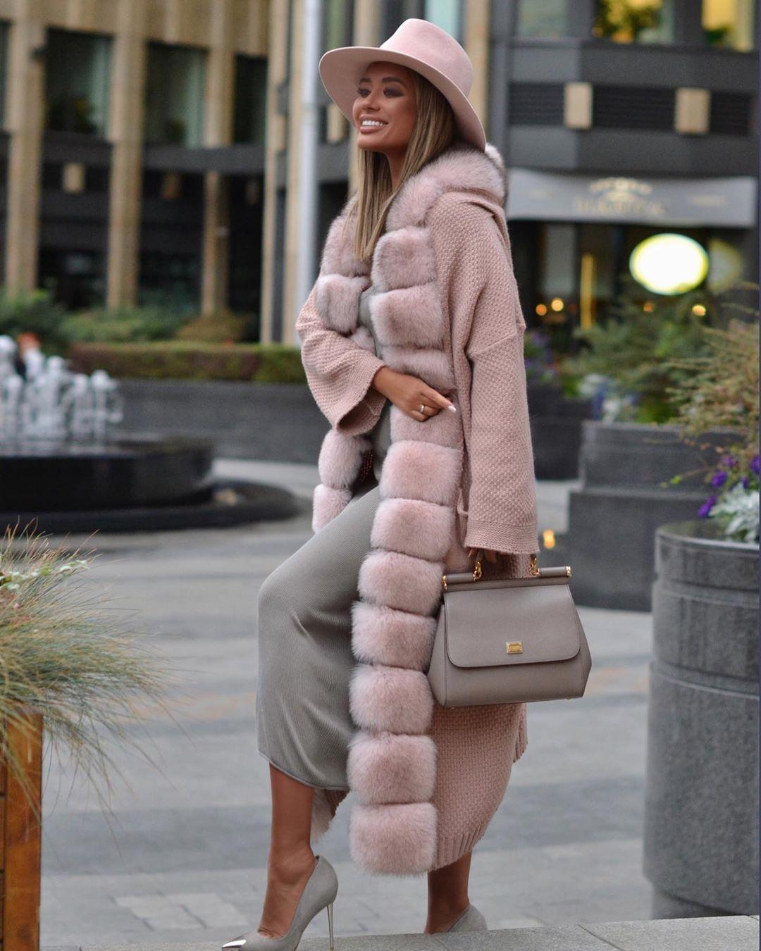 Вязаное пальто 2020 фото 8