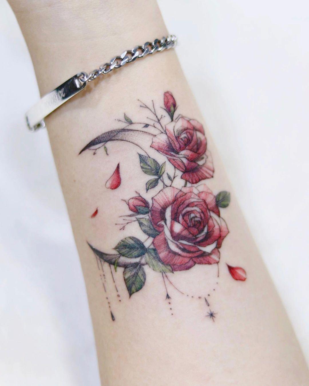 Креативные и стильные варианты татуировок фото 18