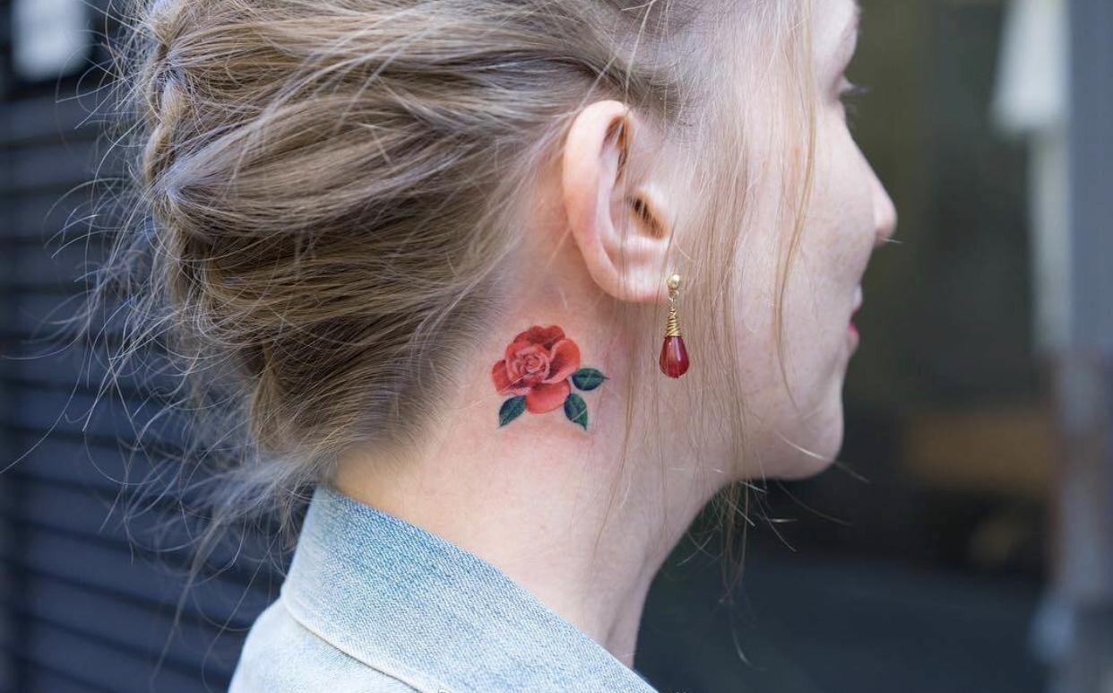 Татуировки за ухом фото 7