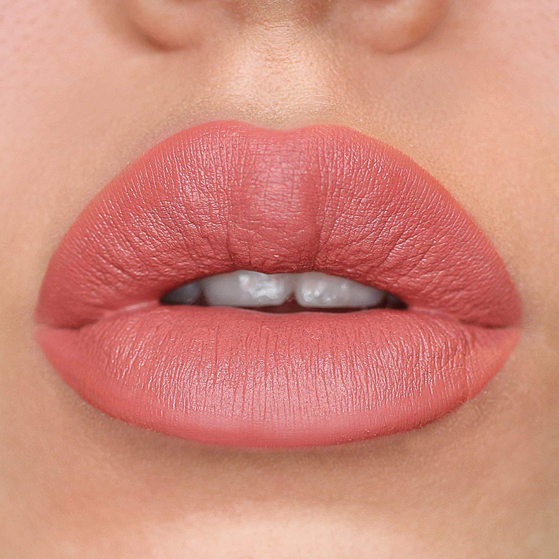 Татуаж губ акварельной техникой фото 1