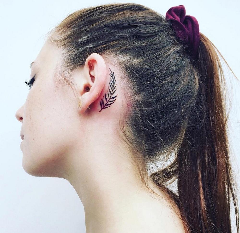 Татуировки за ухом фото 11