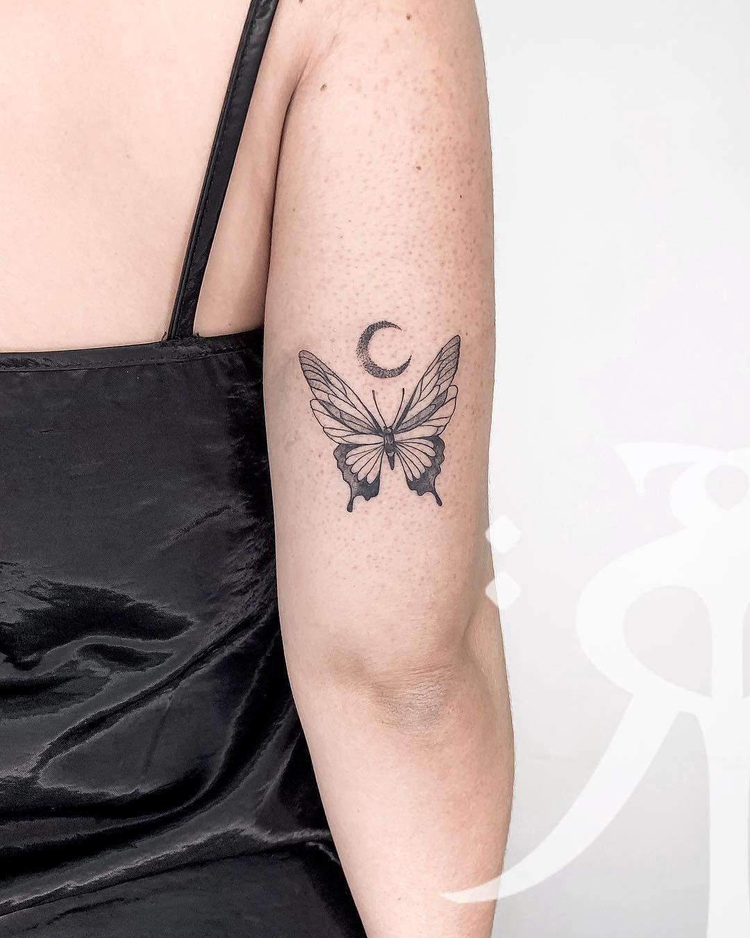 татуировки в виде бабочек фото 11