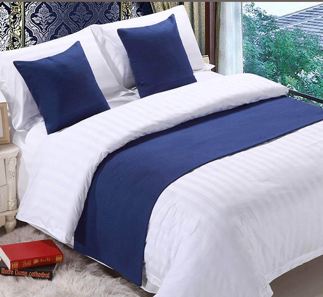 спальня в тёмно-синих тонах фото 3