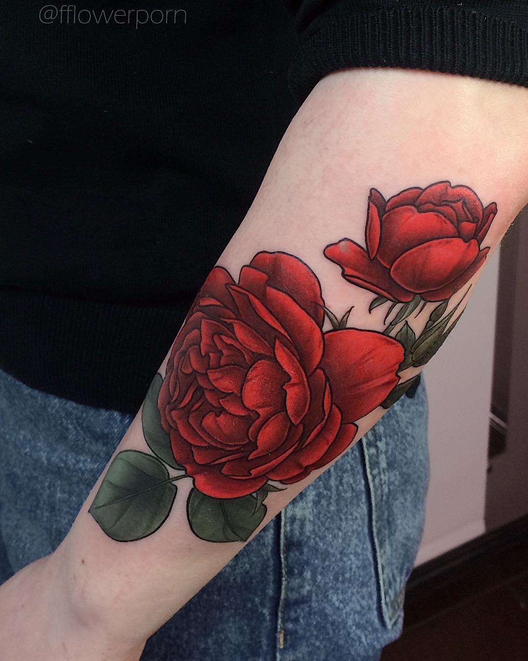 татуировка в виде пиона фото 10