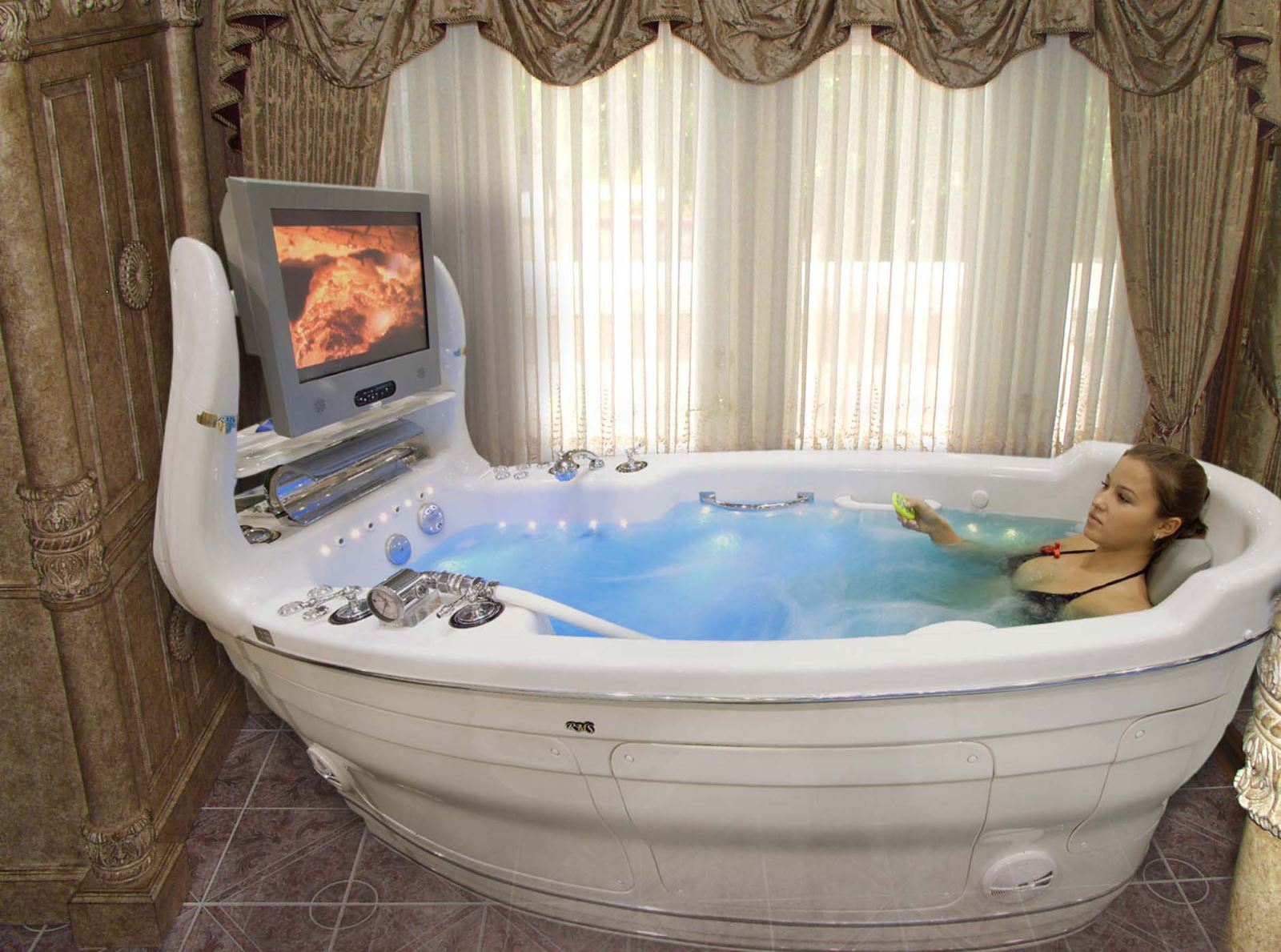 Оригинальные ванные фото 18