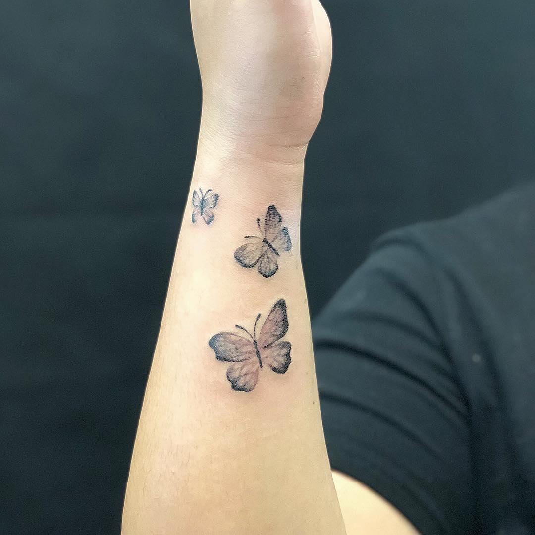 татуировки в виде бабочек фото 8