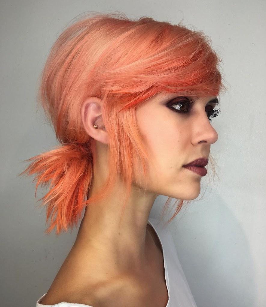 Персиковый оттенок волос фото 13