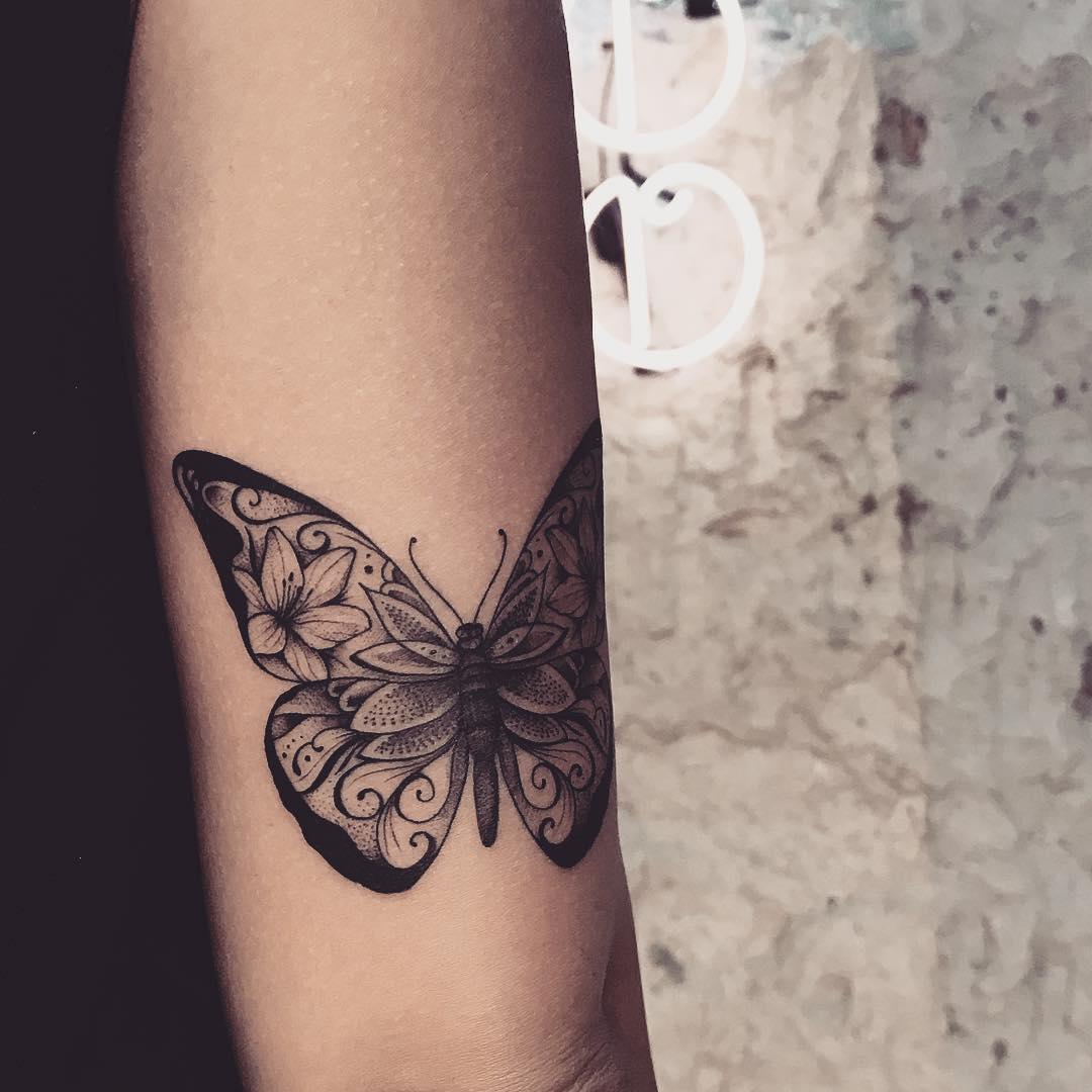 татуировки в виде бабочек фото 3