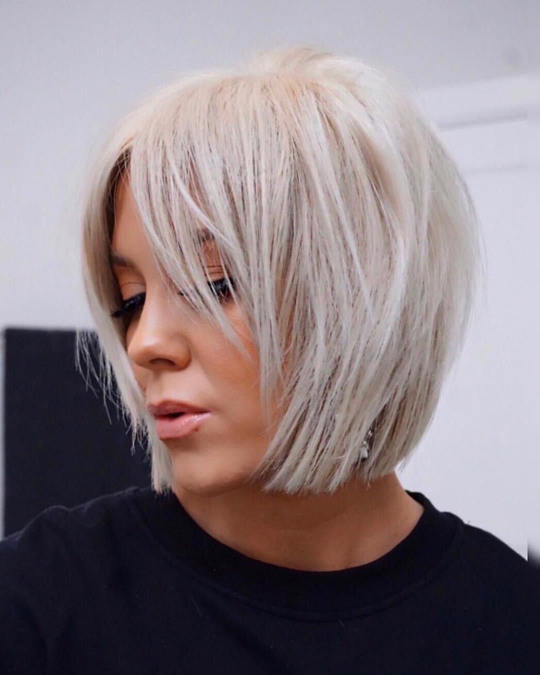 Стрижки на светлые волосы 2020 фото 19