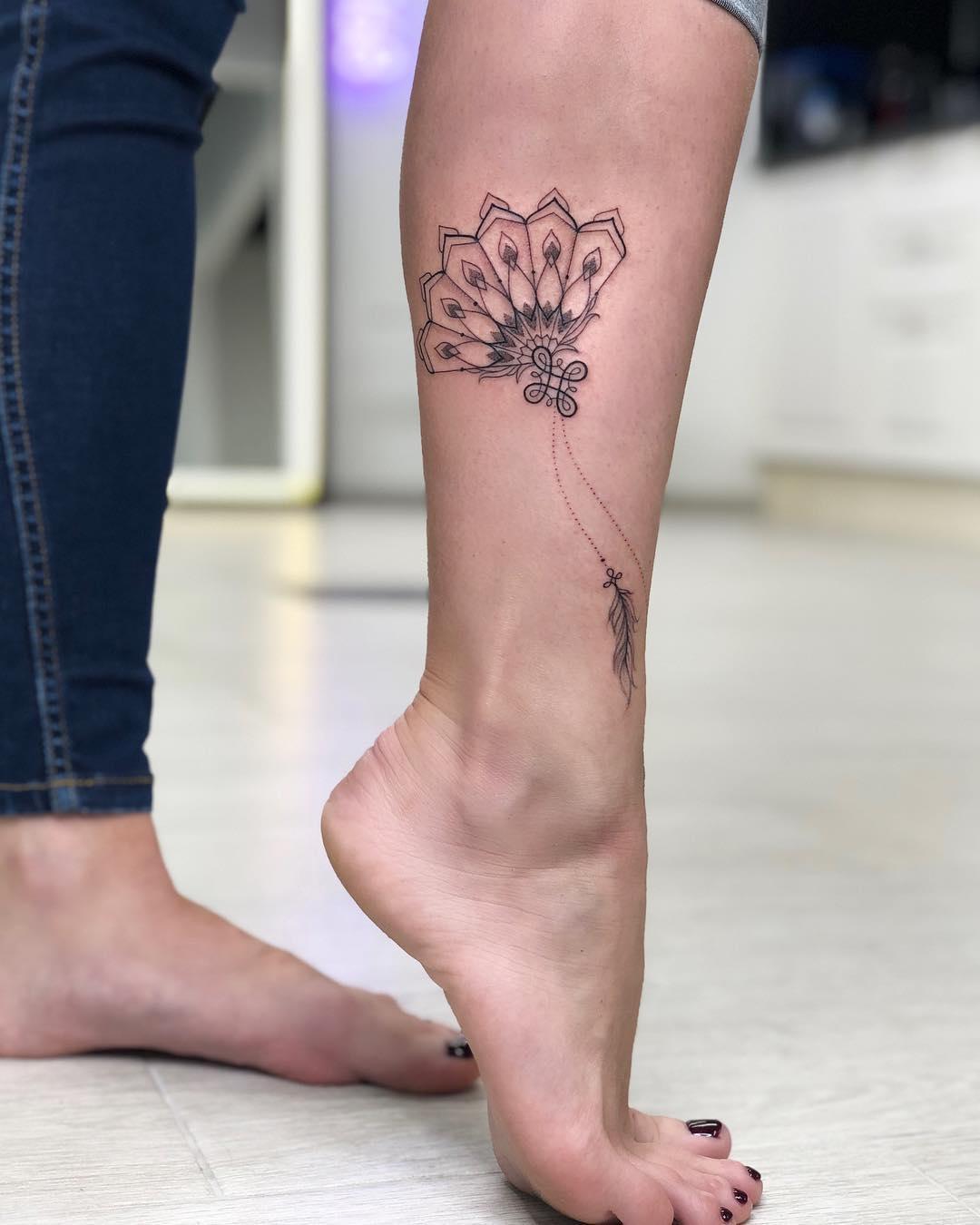 Татуировки на лодыжке фото 16