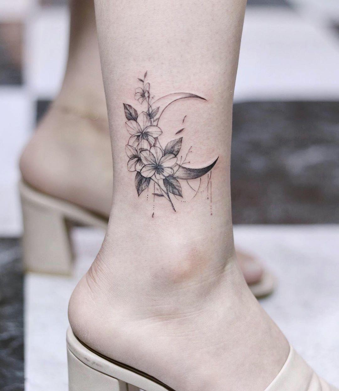 Татуировки на лодыжке фото 8