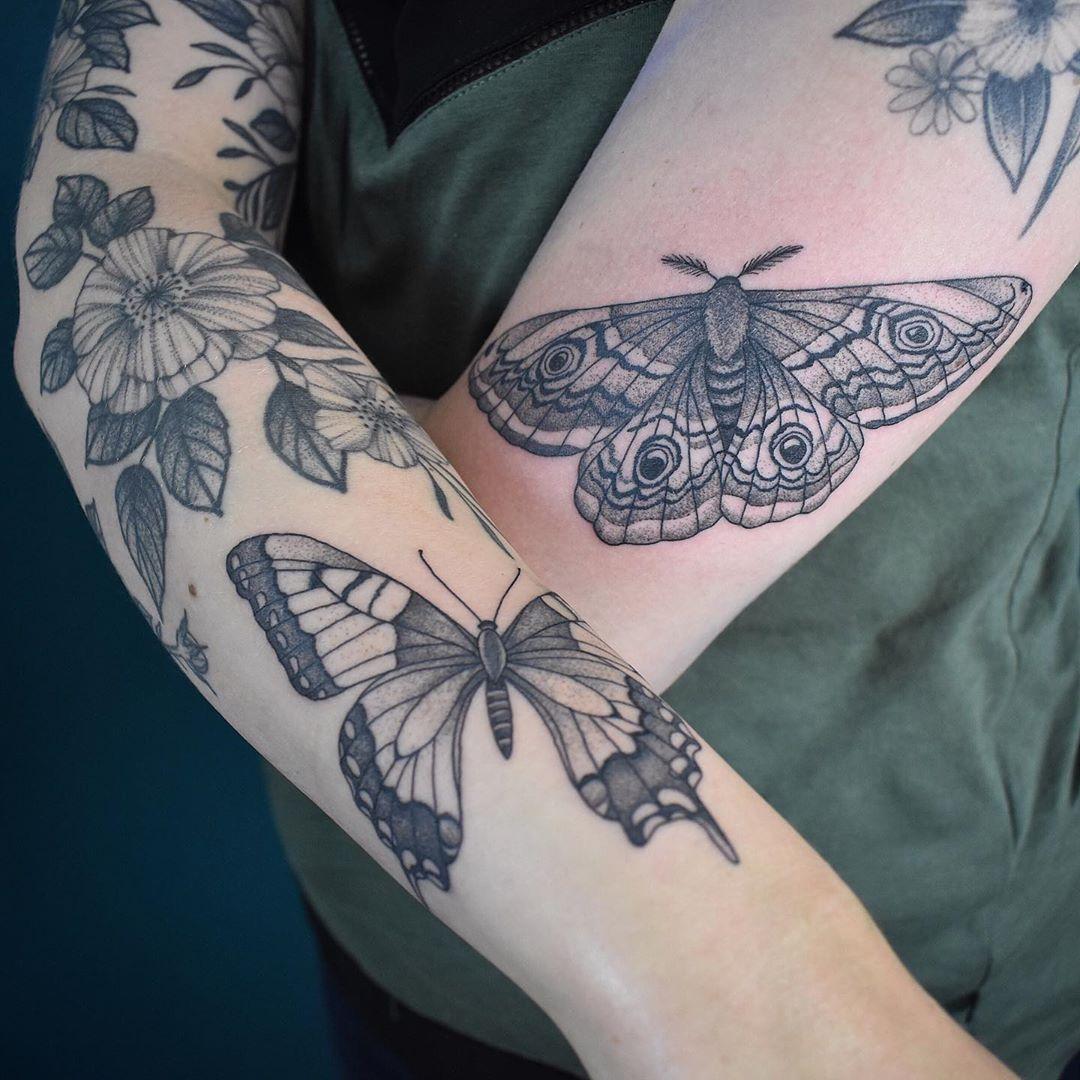 татуировки в виде бабочек фото 16