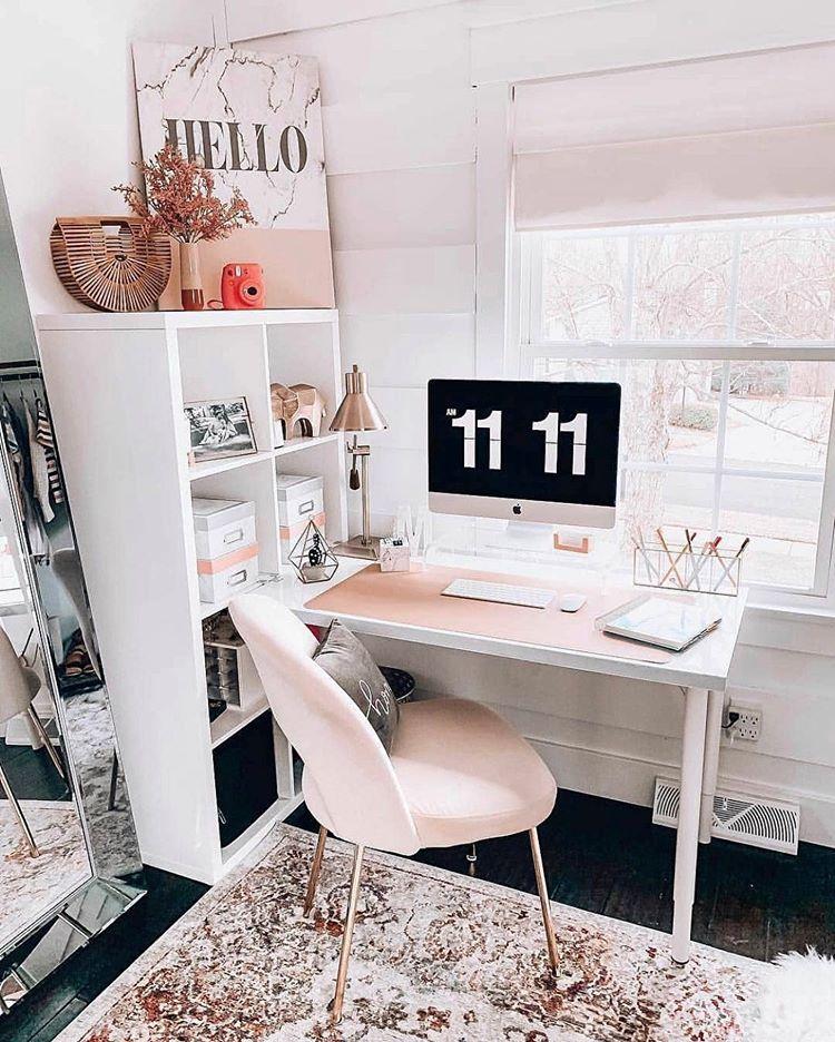 Рабочее место в маленькой квартире фото 10