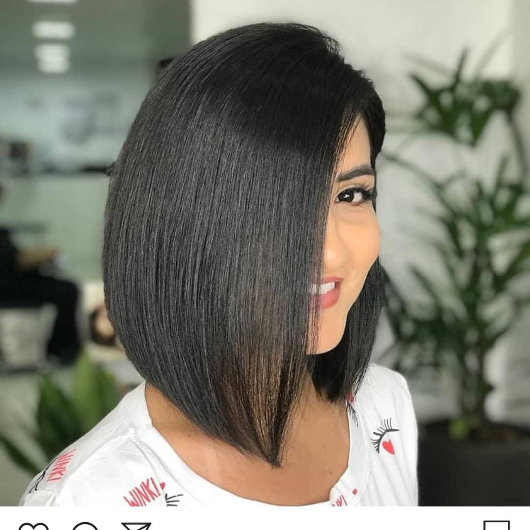 Стрижки 2020 после 50 лет на прямые волосы фото 2