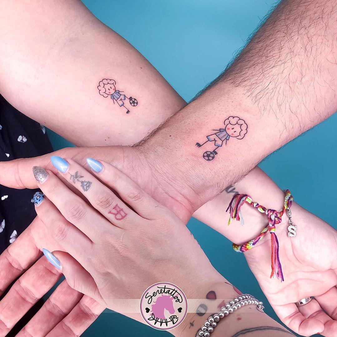 Татуировки в виде матери и ребёнка фото 14