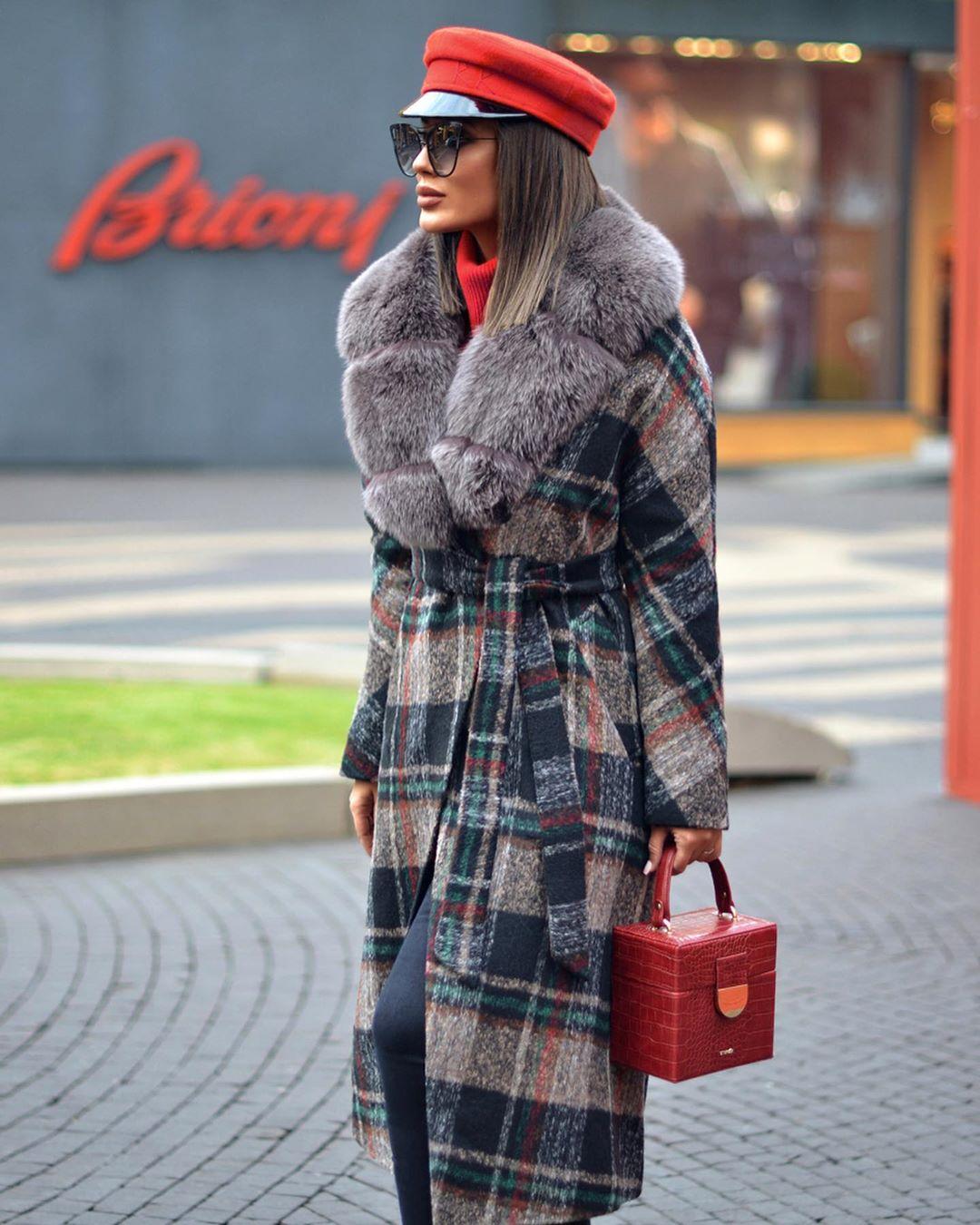 Пальто зимнее с мехом 2020 фото 8