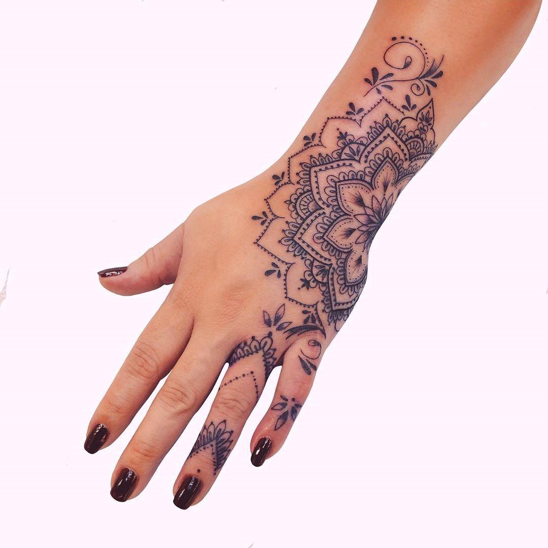 Татуировки-обереги от любого зла фото 23