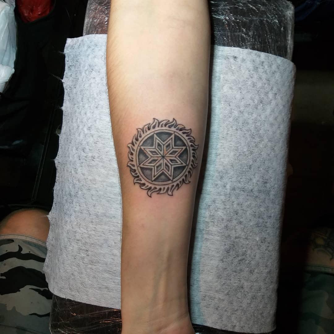 Татуировки-обереги от любого зла фото 29