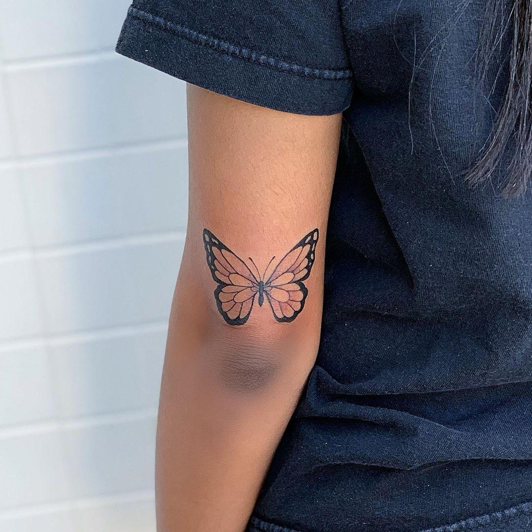 татуировки в виде бабочек фото 9