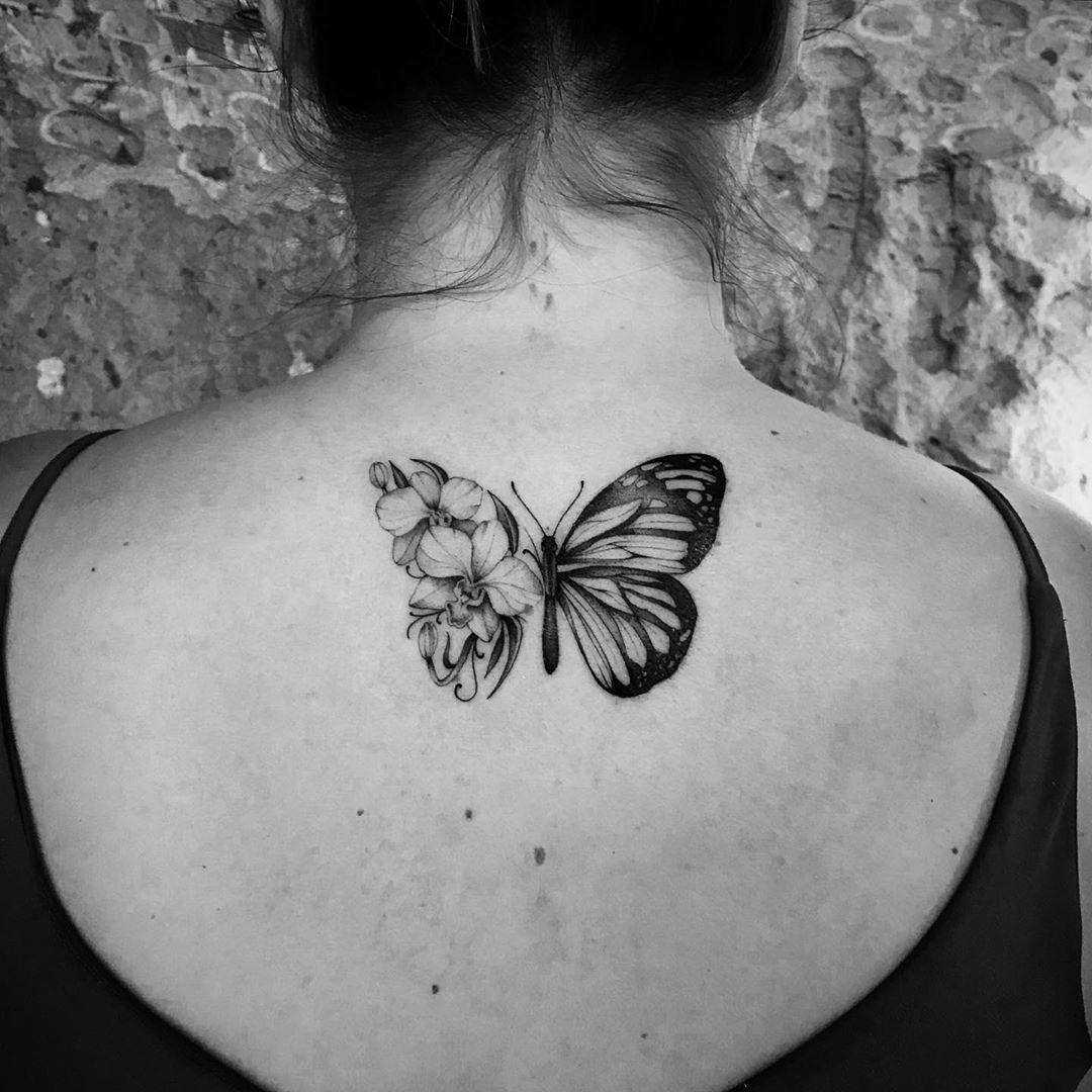 татуировки в виде бабочек фото 6