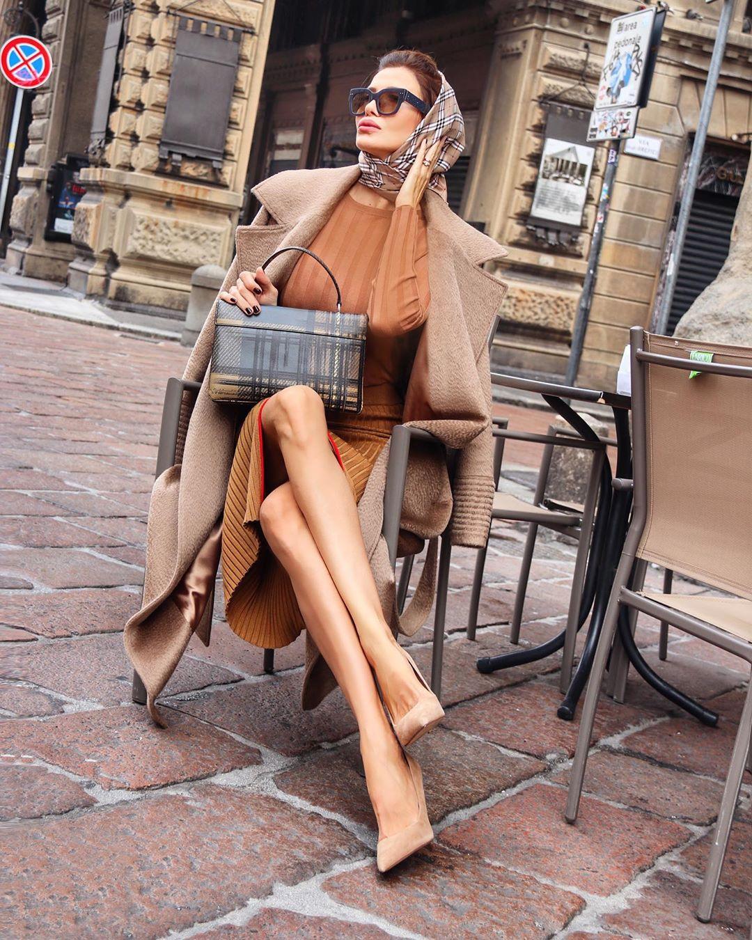 Зимний деловой стиль 2019 для женщин 40-50 лет фото 10