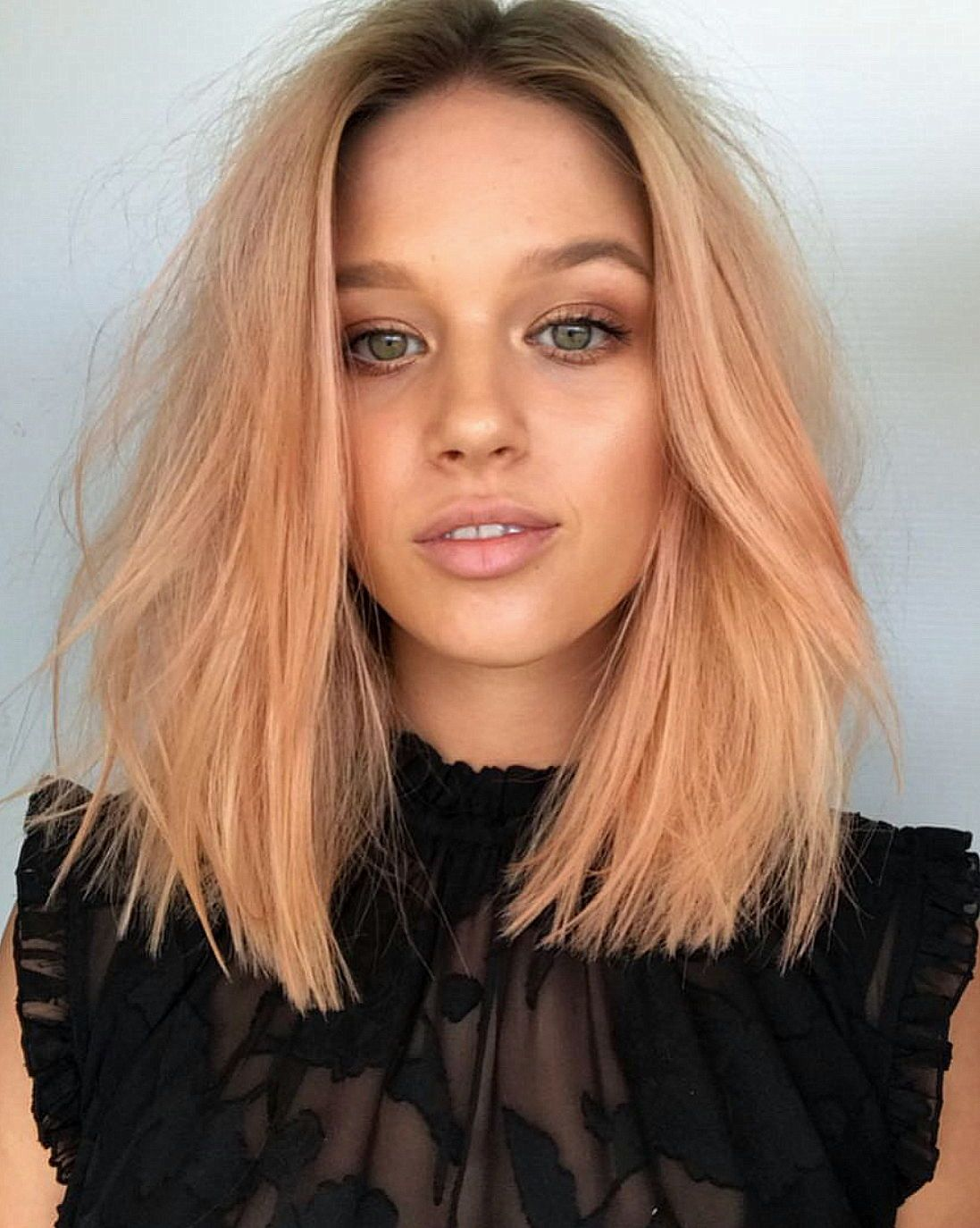 Персиковый оттенок волос фото 3