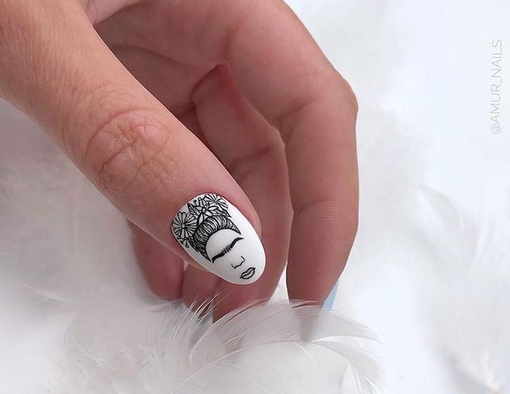 Девушка на ногтях фото 155