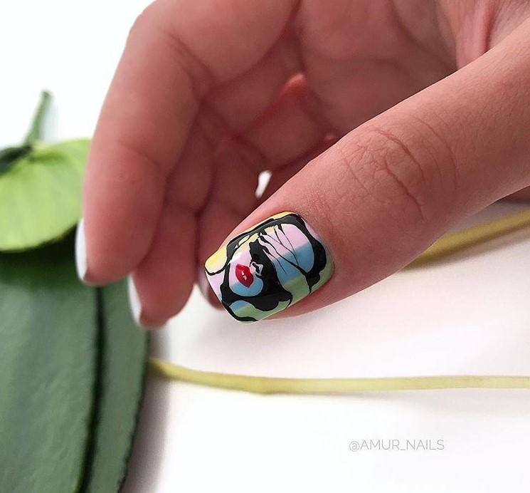 Девушка на ногтях фото 152