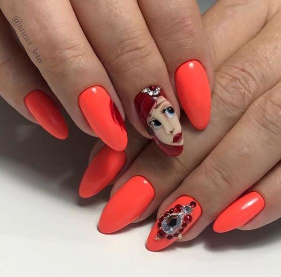Девушка на ногтях фото 149
