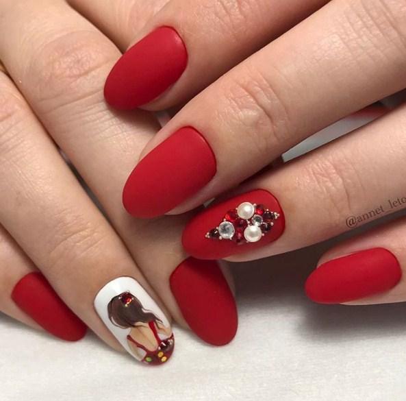 Девушка на ногтях фото 147