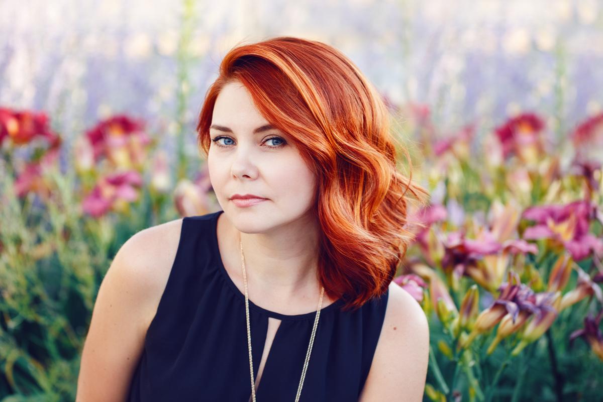 Красные волосы на женщинах 40-50 лет фото 7