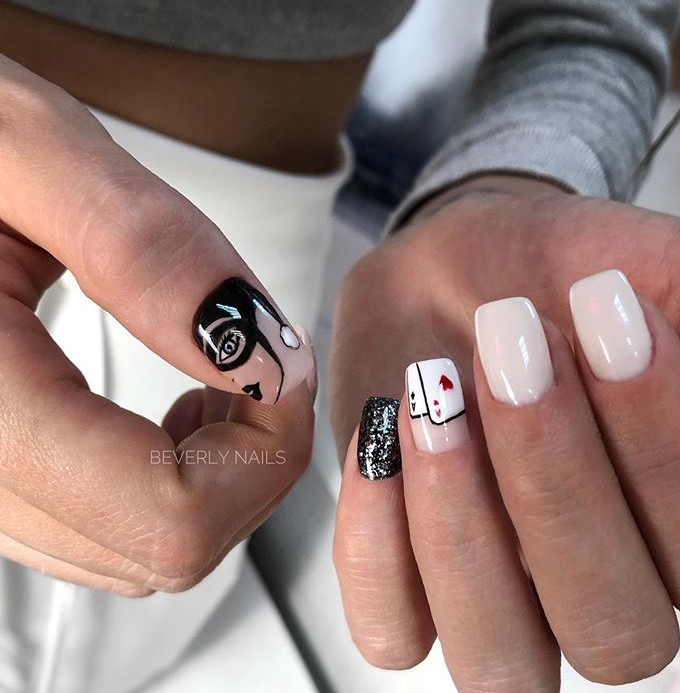 Девушка на ногтях фото 141