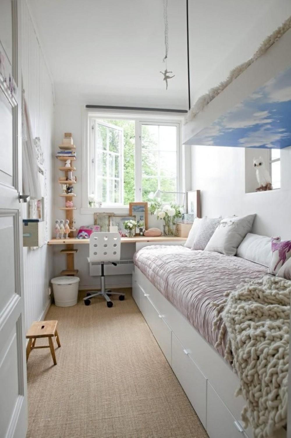 Рабочее место в маленькой квартире фото 13