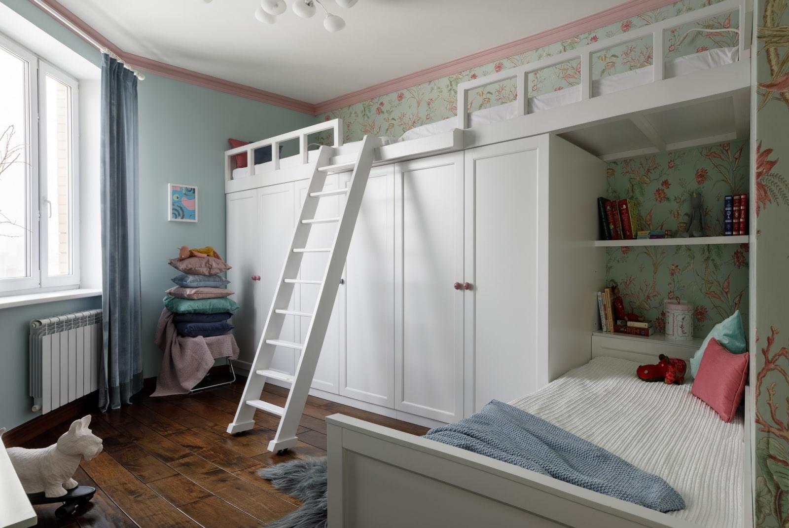 Комнаты для 3-х и более детей фото 23