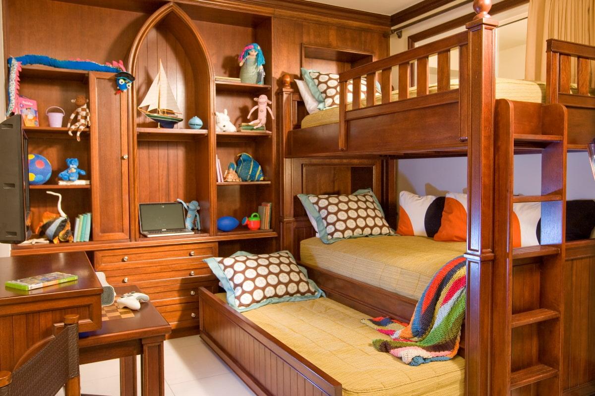 Комнаты для 3-х и более детей фото 7