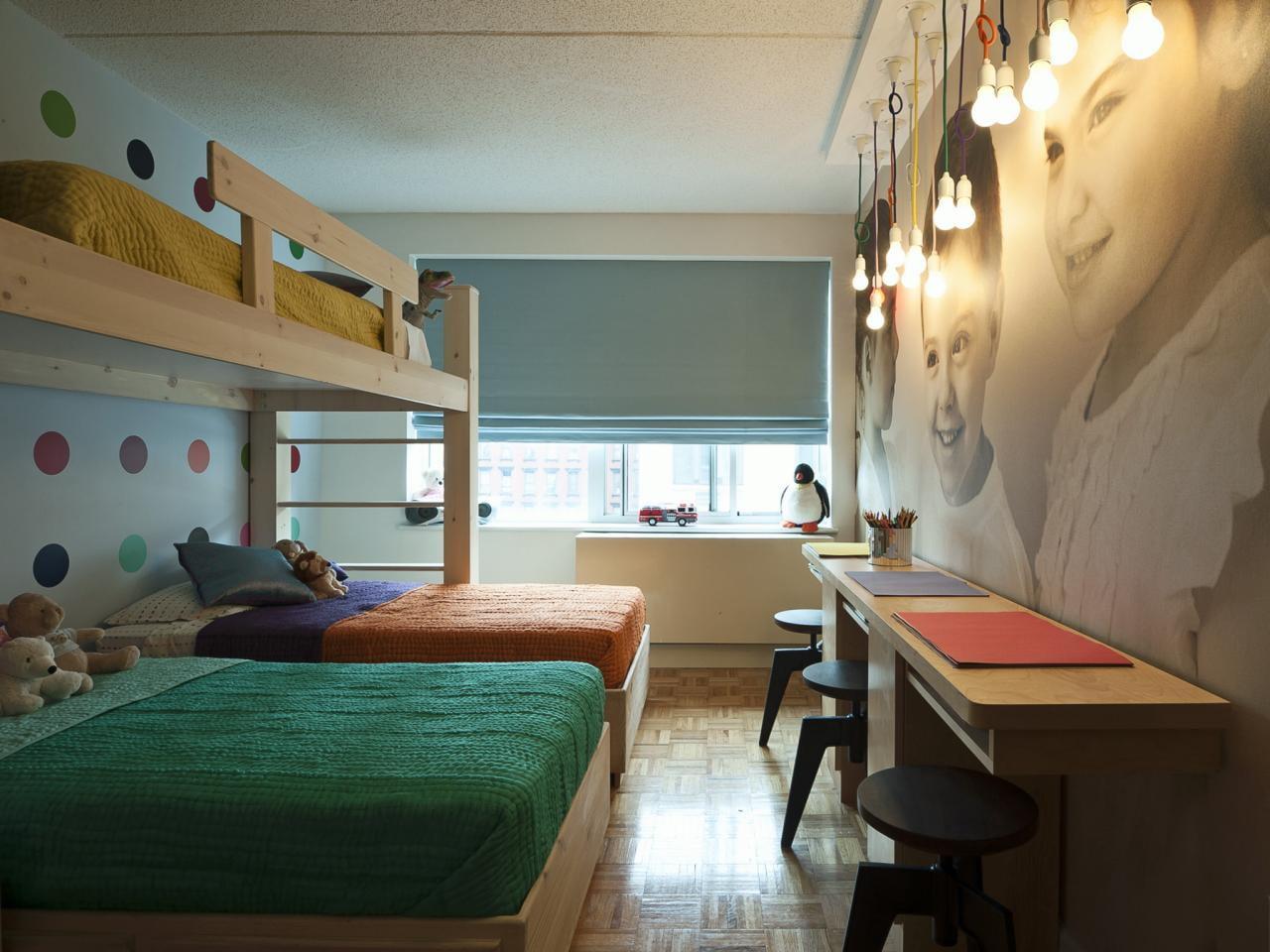 Комнаты для 3-х и более детей фото 28