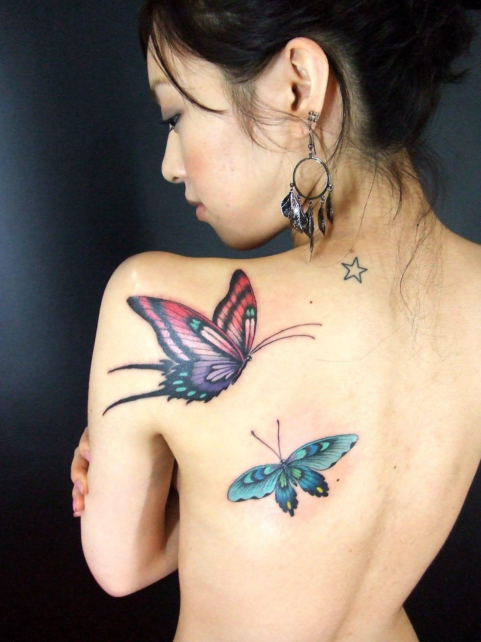татуировки в виде бабочек фото 13