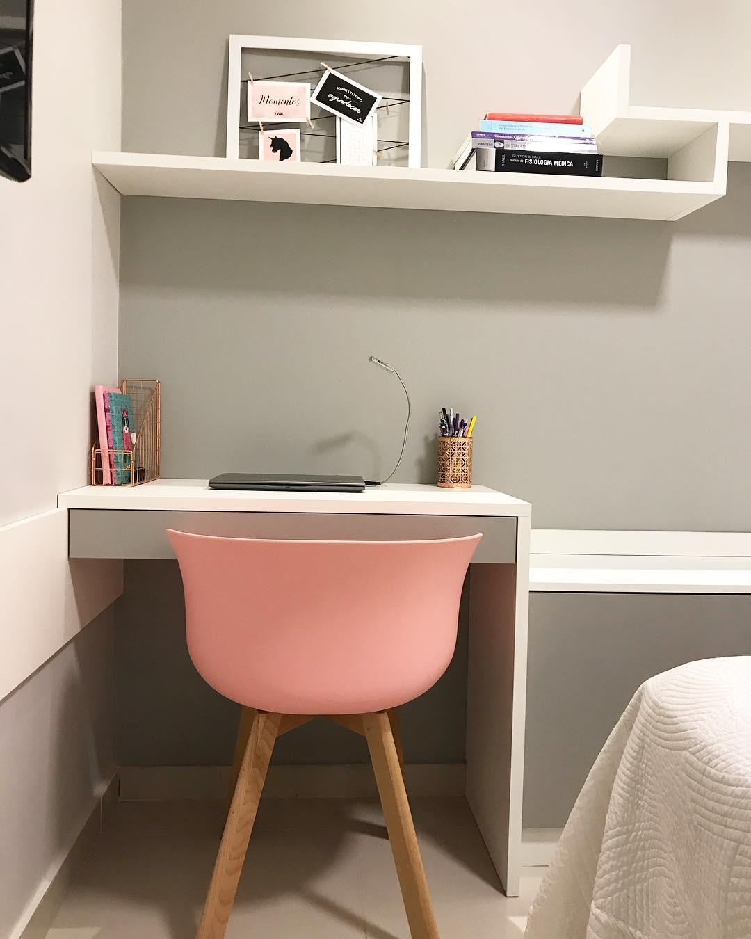 Рабочее место в маленькой квартире фото 17