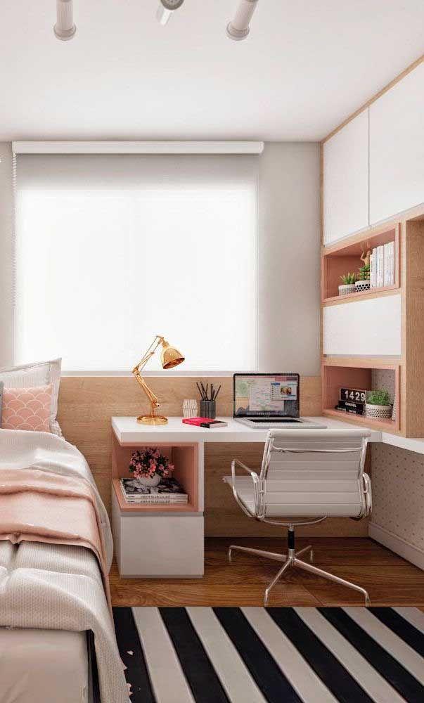 Рабочее место в маленькой квартире фото 20