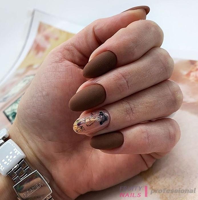 Девушка на ногтях фото 115