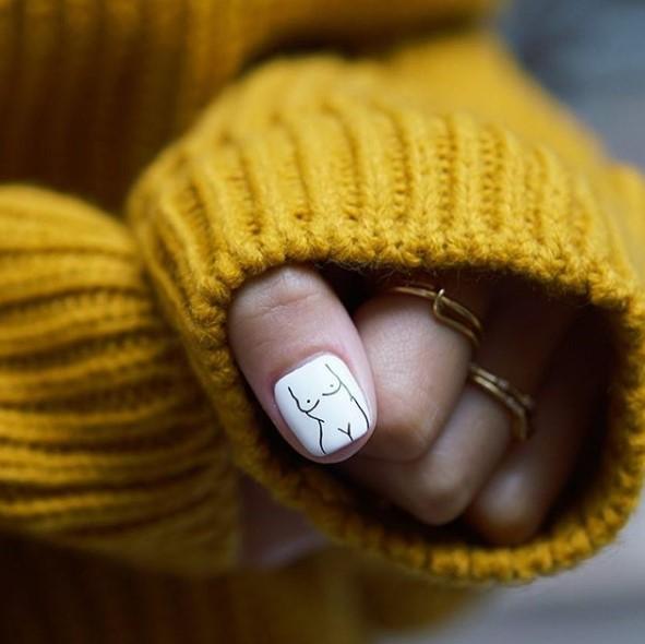 Девушка на ногтях фото 112