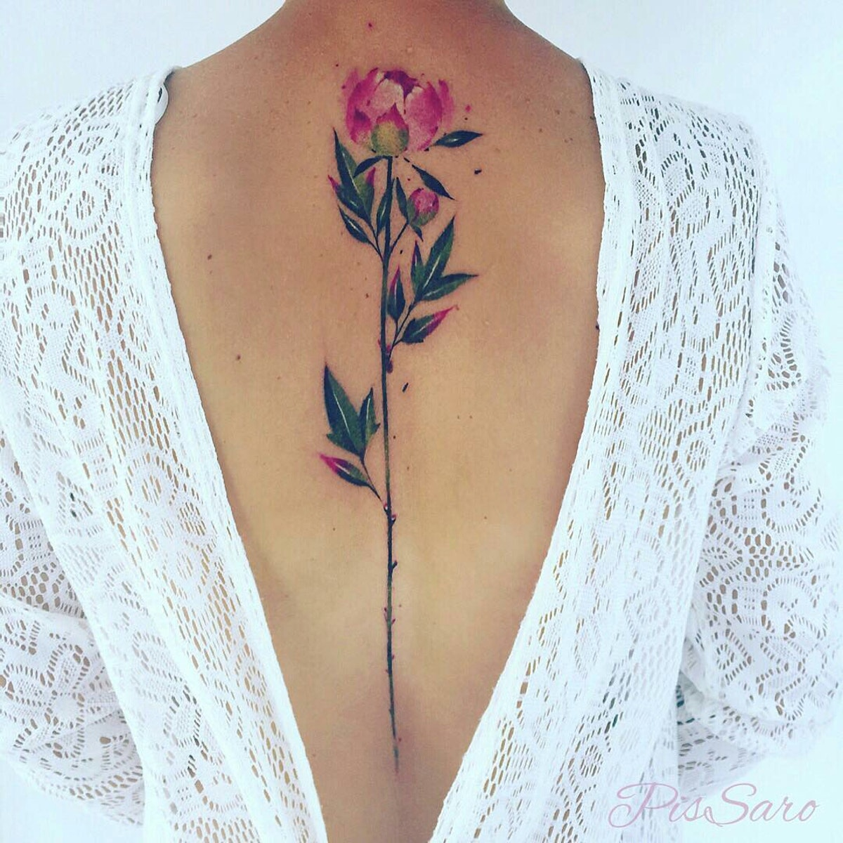 татуировка в виде пиона фото 19
