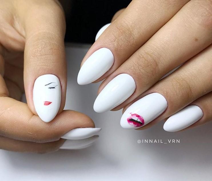 Девушка на ногтях фото 105