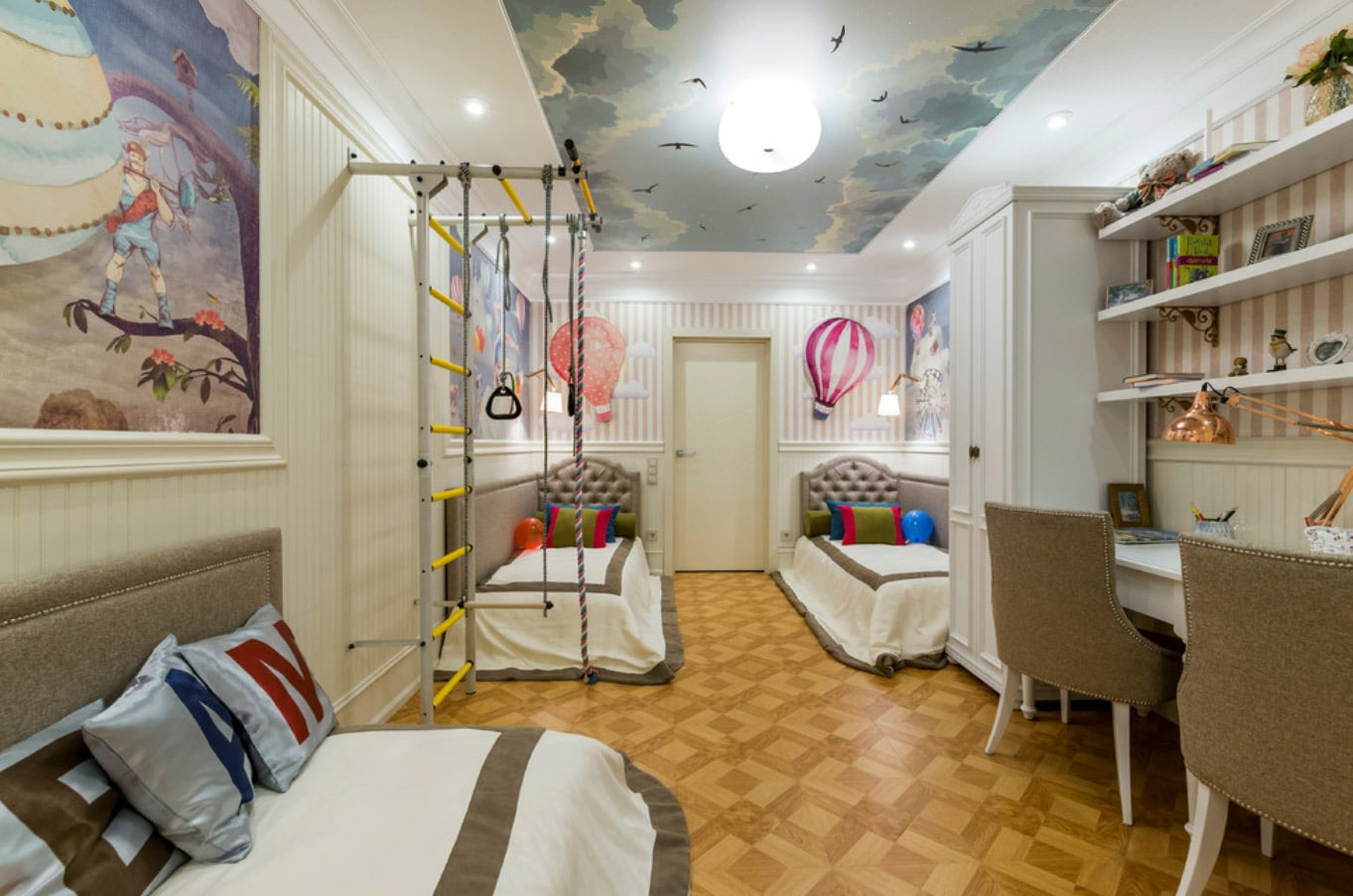 Комнаты для 3-х и более детей фото 38