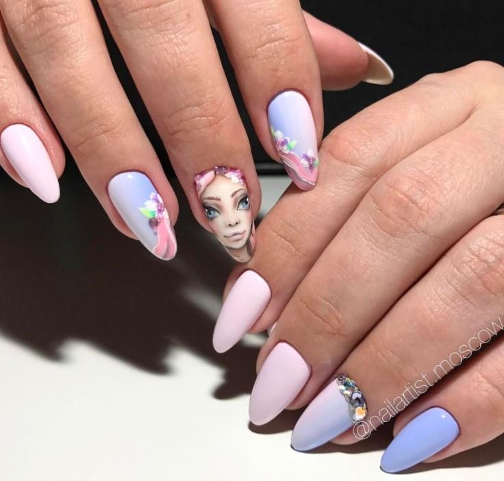 Девушка на ногтях фото 68