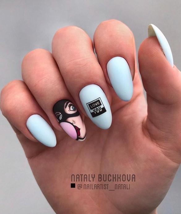 Девушка на ногтях фото 65