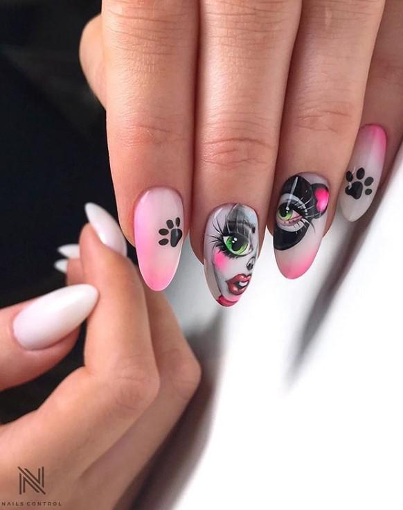 Девушка на ногтях фото 62