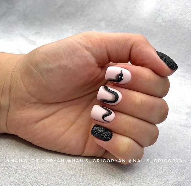 пузырьки на ногтях фото 10